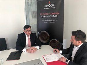El colegio y Hiscox renuevan acuerdo de colaboracion